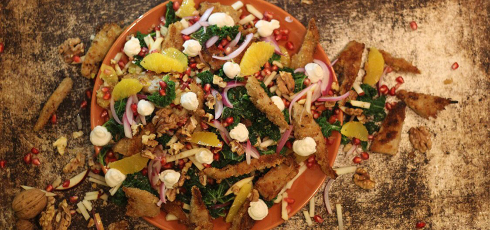 Tallrik med köttliknande produkten Oumph! och grönsaker