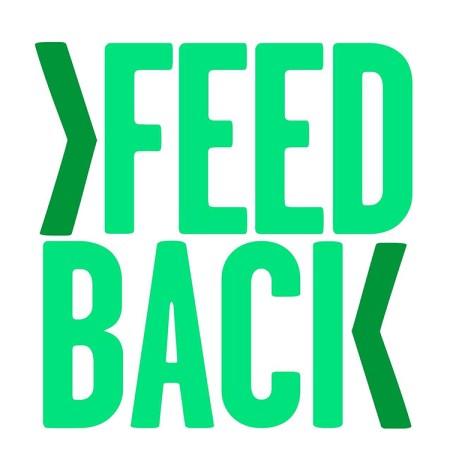 Texten FEEDBACK i gröna nyanser