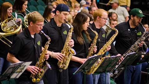 Screaming Green Pep Band brings school spirit to sports games