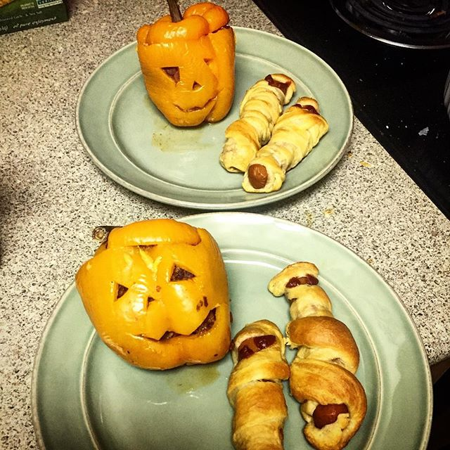 Who says vegans can't Halloween? Vegan Stuffed Pepper Jack-o-lanterns and Mummified Wieners