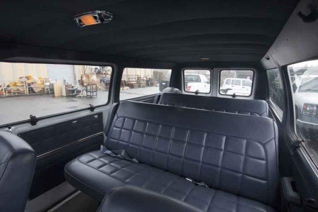 1990 Ford Club Wagon Van 72813 Miles 2 Rear Bench Seat