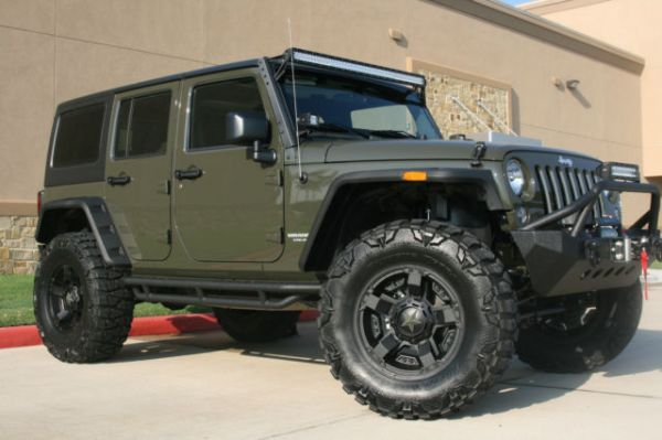 New 2015 Jeep Wrangler Unlimited Sport 4Door 4x4 Tank Green