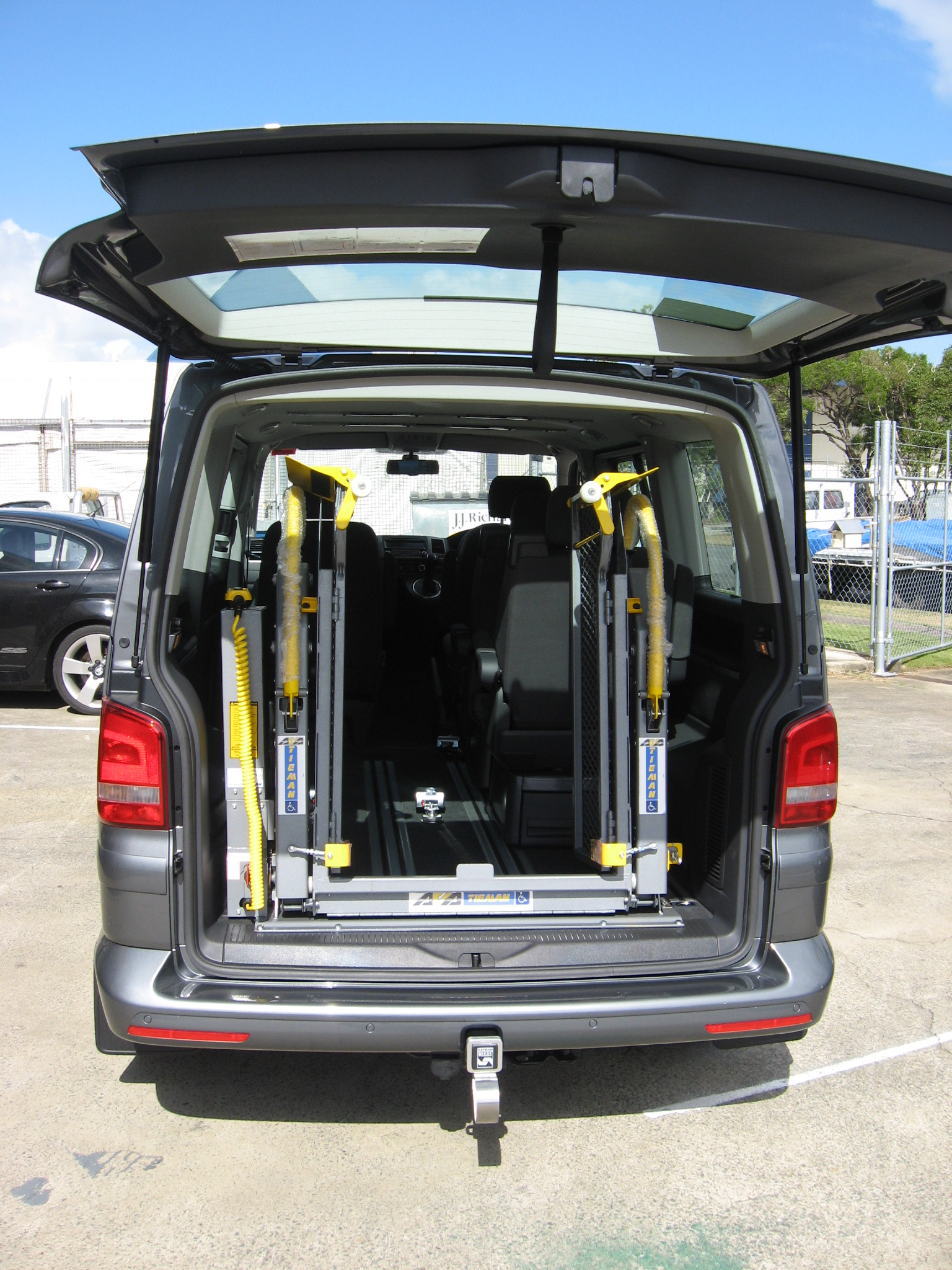 Wheel Chair Lift Wheelchair Lifts And Vehicle Conversions Vehicle Access