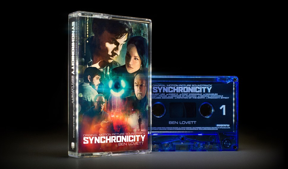 SYNCHRONICITY-06-standing_2048