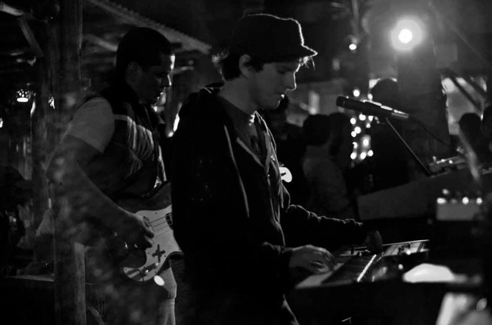FM Attack - Shawn Ward - live