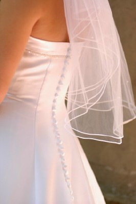 elbow length veils