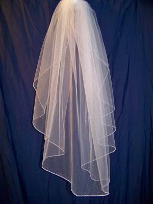 shoulder length waterfall veil