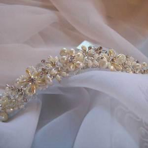 tiara close up