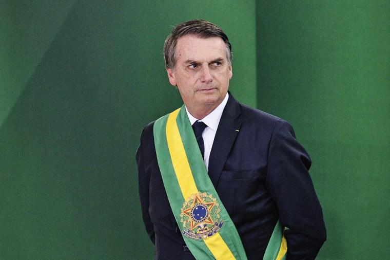 A hora mais difícil de Bolsonaro | VEJA
