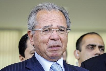 A estratégia de Guedes para evitar vazamentos sobre 'nova CPMF'   VEJA