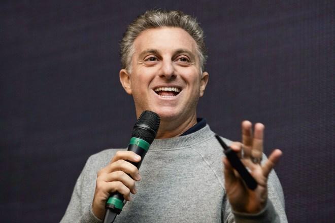 AGORA VAI?- Luciano Huck: nunca o apresentador da Globo demonstrou tanta vontade de se lançar candidato -