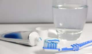 ig-dental-implantology-brush
