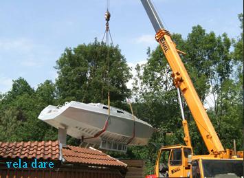 Un bateau volant... (été 2012, on amène notre bateau en Suisse)