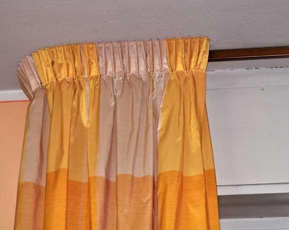 Sistema per tende arricciate ad uso separazione di ambienti indicato per docce, ambienti professionali ed ospedalieri. Le Tende E I Tendaggi Con Binario