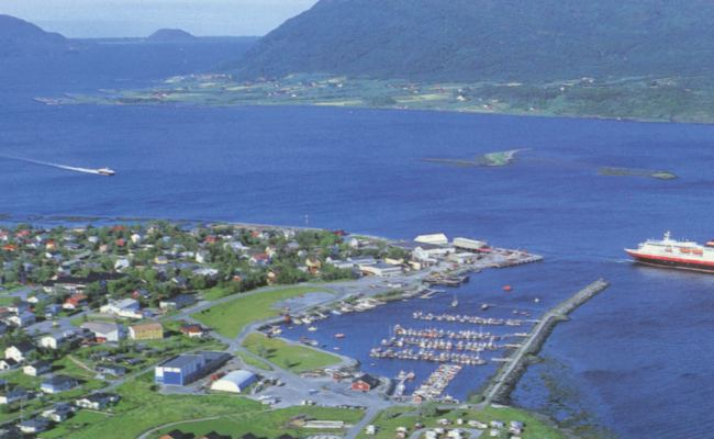 Nesna Småbåthavn