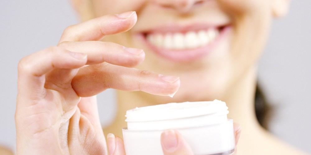 Merk Cream yang Aman untuk Ibu Menyusui