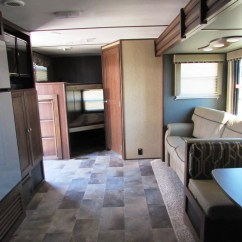 Toy Hauler With Outdoor Kitchen Cabinets In Oakland Ca 2018 Keystone Sprinter, 29bh 97291 - Vellner Leisure Products
