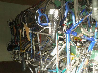 Fuhrpark mit viel Stahl