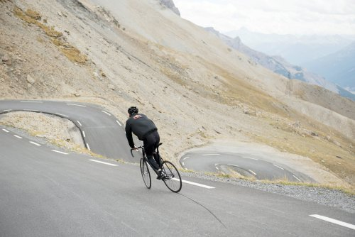 Patrick Seabase_Col du Galibier_Gian Paul Lozza:Red Bull Content Pool