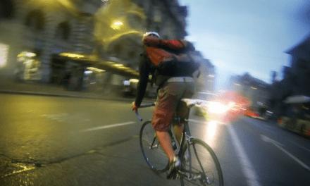 Cyclique – Une immersion intime et attachante dans la vie de coursier