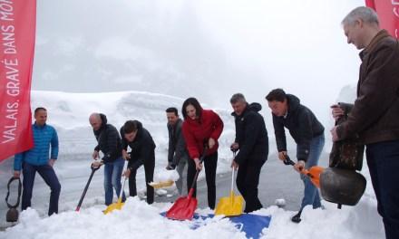 Bernard Thévenet ouvre la route d'Emosson en bonne compagnie