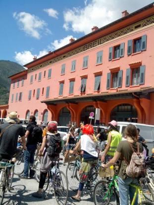 RDV devant la gare de Breil pour la vélorution