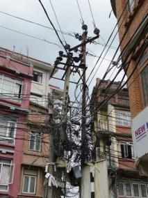 Labyrinthe electrique?, Nepal