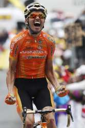 VeloVoices will be watching Samu Sanchez (image courtesy of rider's website)