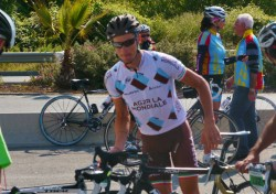 Nico prepares to accompany riders in La Laurentine Andrei Kivilev (image courtesy of RDW)