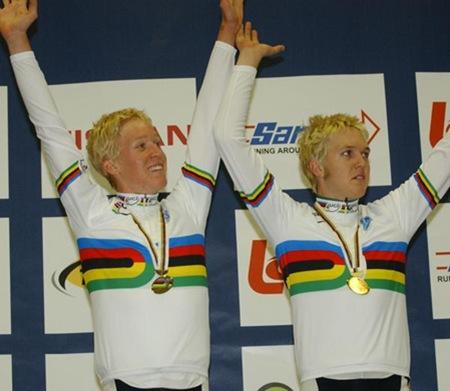 Meyer Brothers winning team pursuit gold (image courtesy of Cameron Meyer)