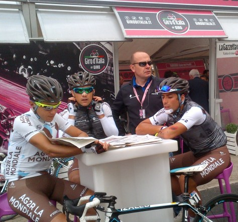 Ag2r's ridiers seek refuge from the press