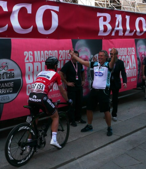 Cav goes straight into the arms of his soigneur (image: Richard)