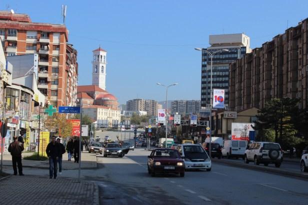 Reprezentacyjna ulica Prisztiny - Bulevard Bill Klinton (sic!)