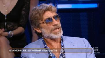"""Isola dei Famosi, Brando Giorgi torna a parlare dell'incidente: """"Non vedo ancora bene"""""""