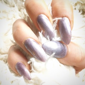 fingernails-long-luscious-cnd-1