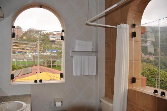 hotelgloria_coroico_171662626