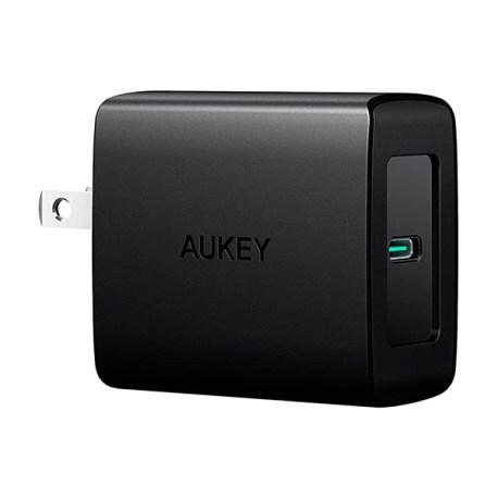 aukey_cargador27w_2101_1