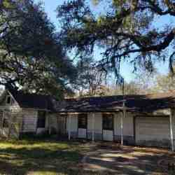 HOUSE FOR SALE CASH AS IS, SWEENY