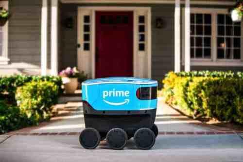 Amazon está pilotando su propio robot de entrega.
