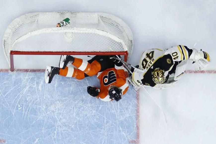 Bruins 2, Flyers 1