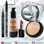 Maquillaje SEYTU – Detalle de los productos de belleza