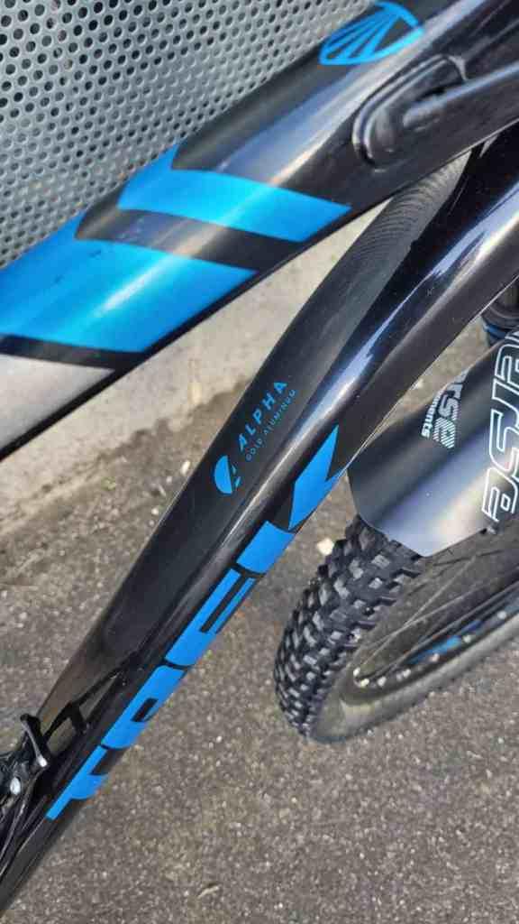 VTT cross country Trek Xcaliber 8 occasion 2017