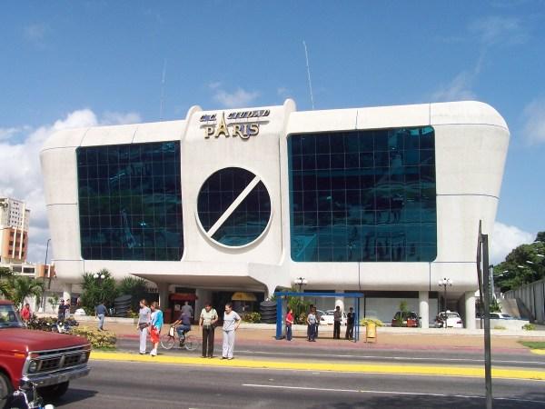 Centro Comercial Ciudad Paris - Barquisimeto
