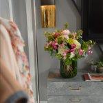 Home Fresh flower Vase, Venera Flowers, online flower delivery dubai