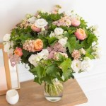 Mix Fresh Flower Vase, Venera Flowers, online flower delivery dubai