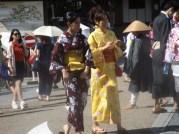 Giapponesi in Kimono