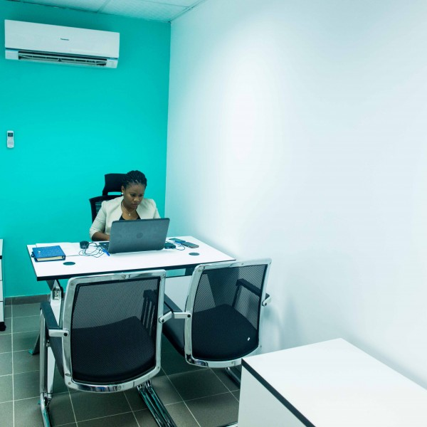 Affordable & Flexible boardroom & meeting rooms in Lagos