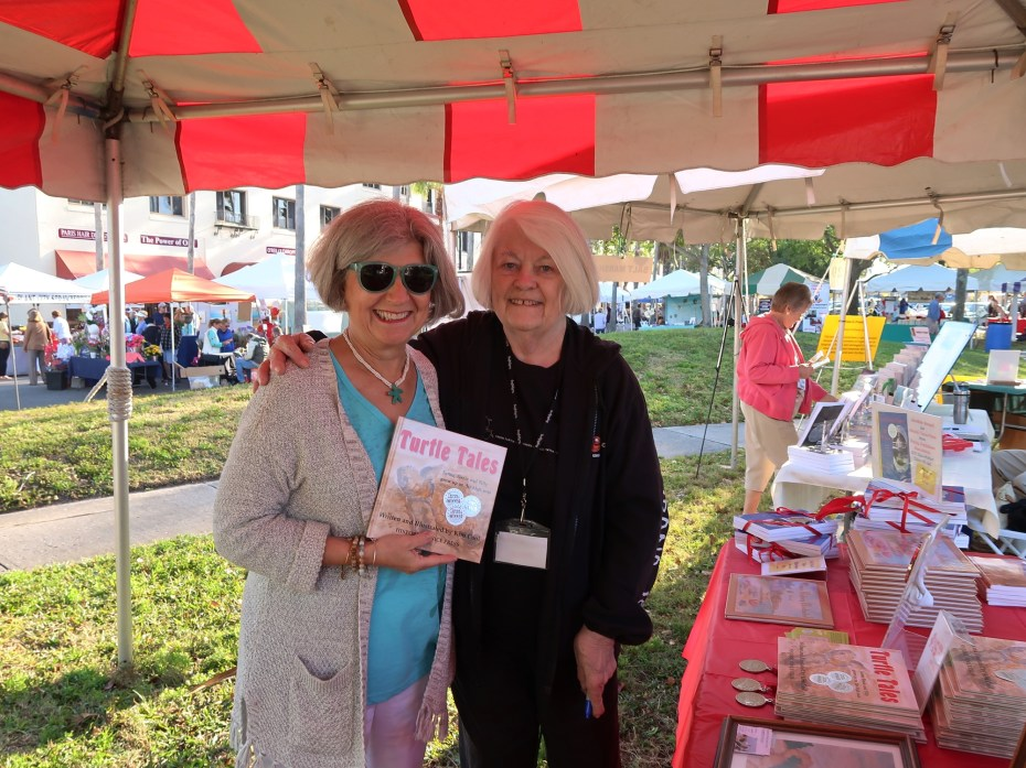 sm2018 author Pat Gleichauf buys book from Kim Cool