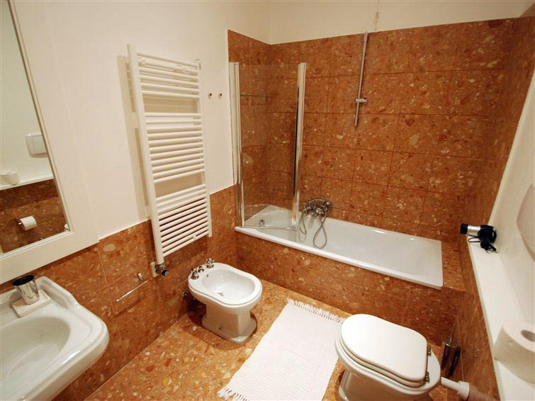Luxury apartment in Venice for rent situated in a special context (3/5)