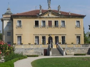 Source:www.panoramio.com